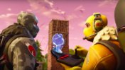 Fortnite: Battle Royale - Vibrierende PS4- & Xbox One-Controller morsen SOS-Signal von Tilted Towers
